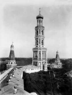 Колокольня с храмом Иоанна Постника и Александра Невского Московского Симонова монастыря