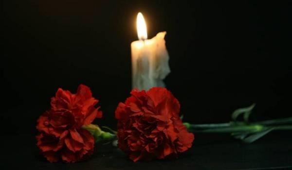 Какую молитву читать на кладбище на могиле усопшего