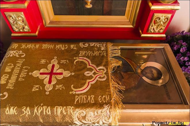 Ковчег с частицей мощей святого мученика Авраамия Болгарского находится в южной части Успенского собора Княгинина монастыря во Владимире.