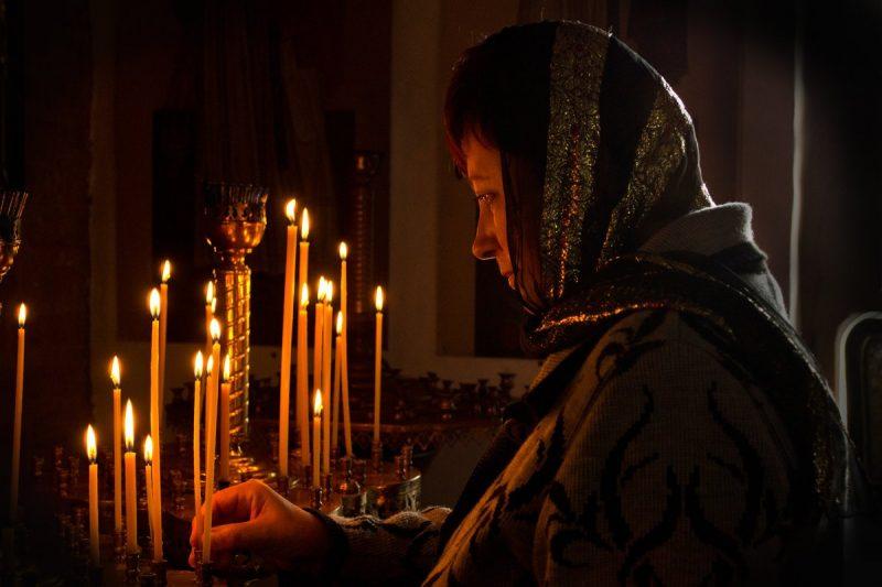 Правильное чтение молитвы на сына в армии
