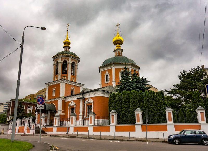 Троицкий храм в Москве, Троицкое Подворье, фото