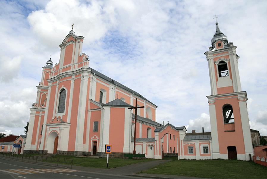 Униатская церковь в белорусской деревне Боруны