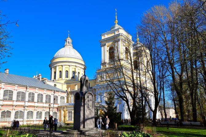 Самые известные монастыри России, Александро-Невская Лавра