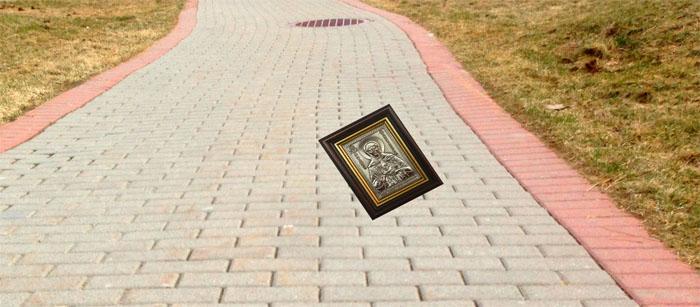 икона на улице
