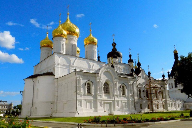Богоявленско-Анастасиин монастырь в Костроме