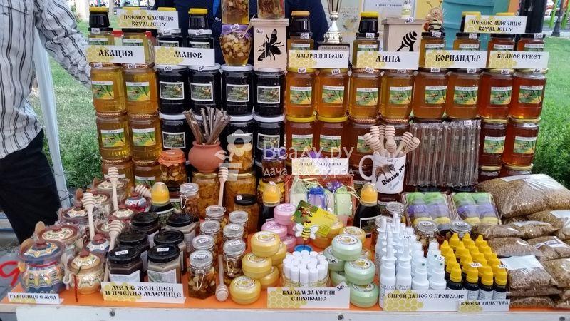 Фестиваль меда в России на Маковея