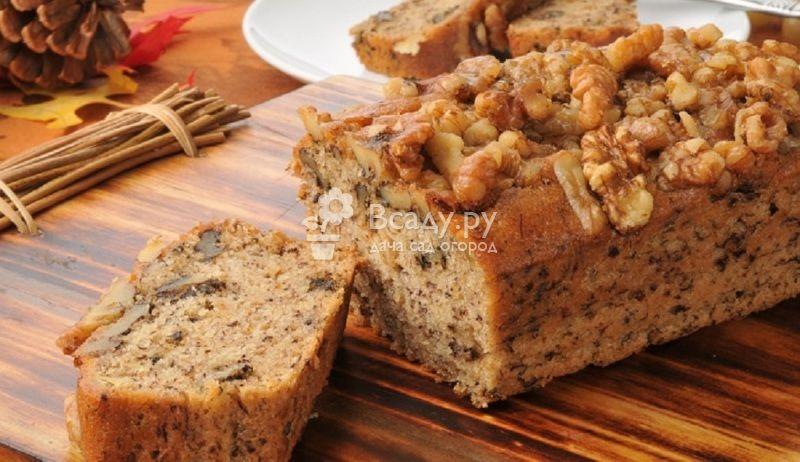 Хлебный Спас Ореховый - такое название получил праздник за традицию печь хлеб из первой муки