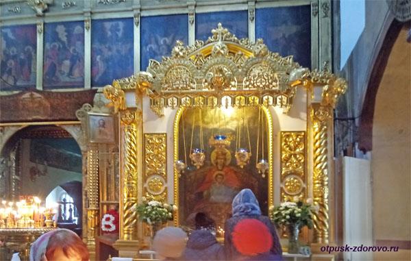 Державная икона Богородицы, Храм Казанской иконы Божией Матери в Коломенском в Москве