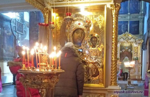 Список Казанской иконы Божией Матери в церкви в Коломенском, Москва