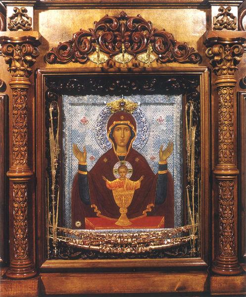 Икона Божией матери «Неупиваемая чаша» хранится в монастыре в Серпухове