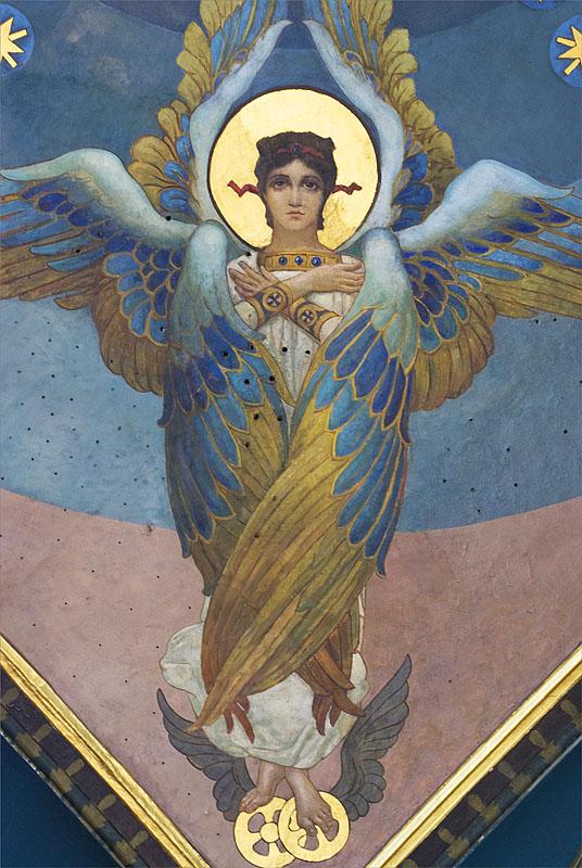 Серафим — это существо, с шестью крыльями. Двумя крылами они закрывали свои лица, еще два покрывали все тело, а третья пара нужна для полета