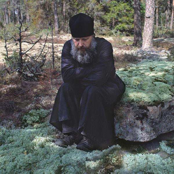 Пример истинного смирения и всепрощения нам показывают монахи, добровольно ушедшие из мирской жизни