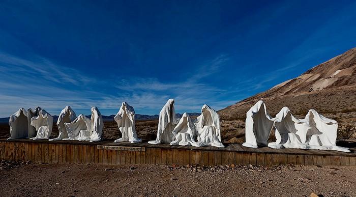 Фото скульптуры Альберта Шукальского «Тайная вечеря»