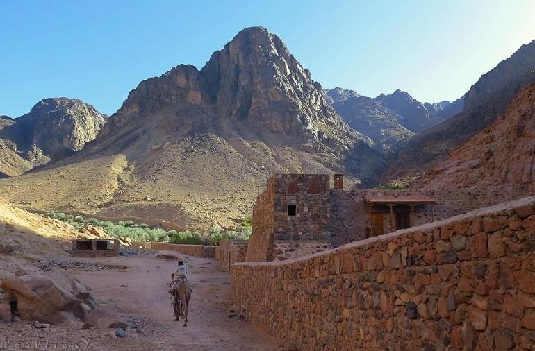 История Синайской горы