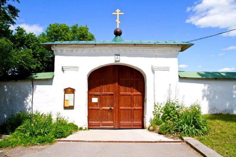 Спасо-Преображенский Мирожский монастырь в Пскове