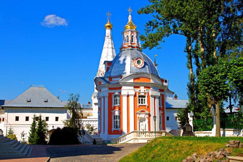 Самые известные монастыри России, Свято-Троицкая Сергиева Лавра
